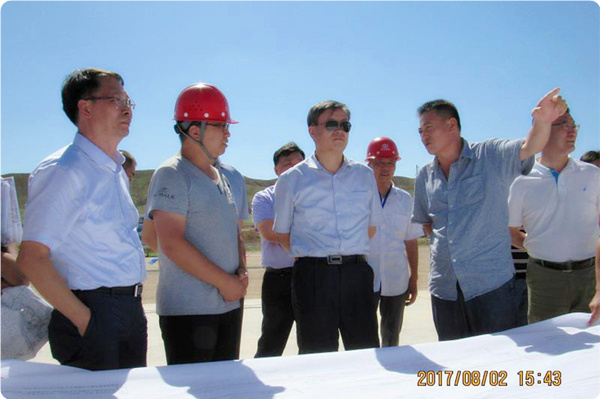 自治区水利厅厅长白耀华等一行到同心县马家塘水库工程检查指导工作