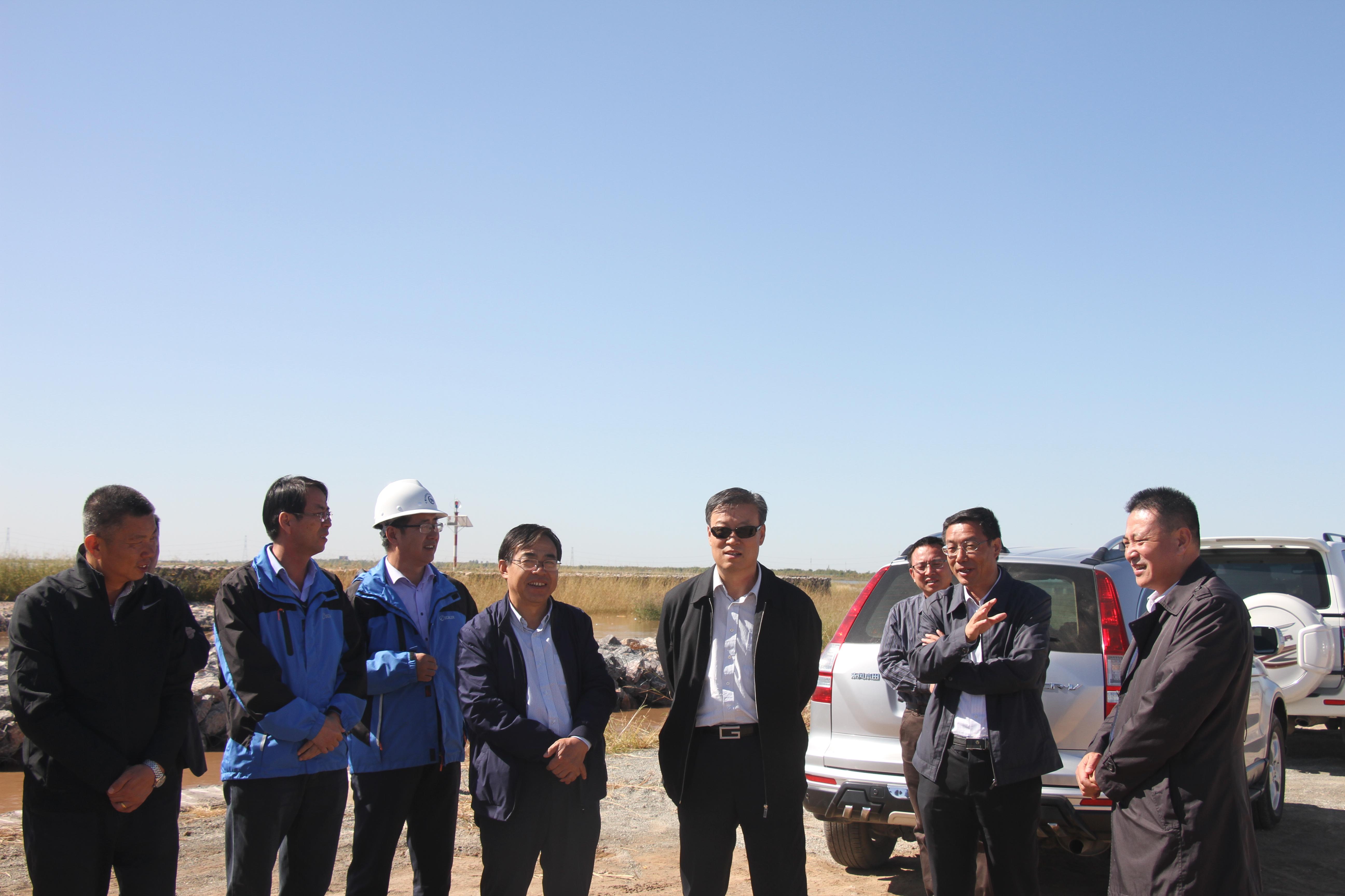 白耀华厅长视察惠农渠节水改造项目及 黄河防汛亚博电竞下载