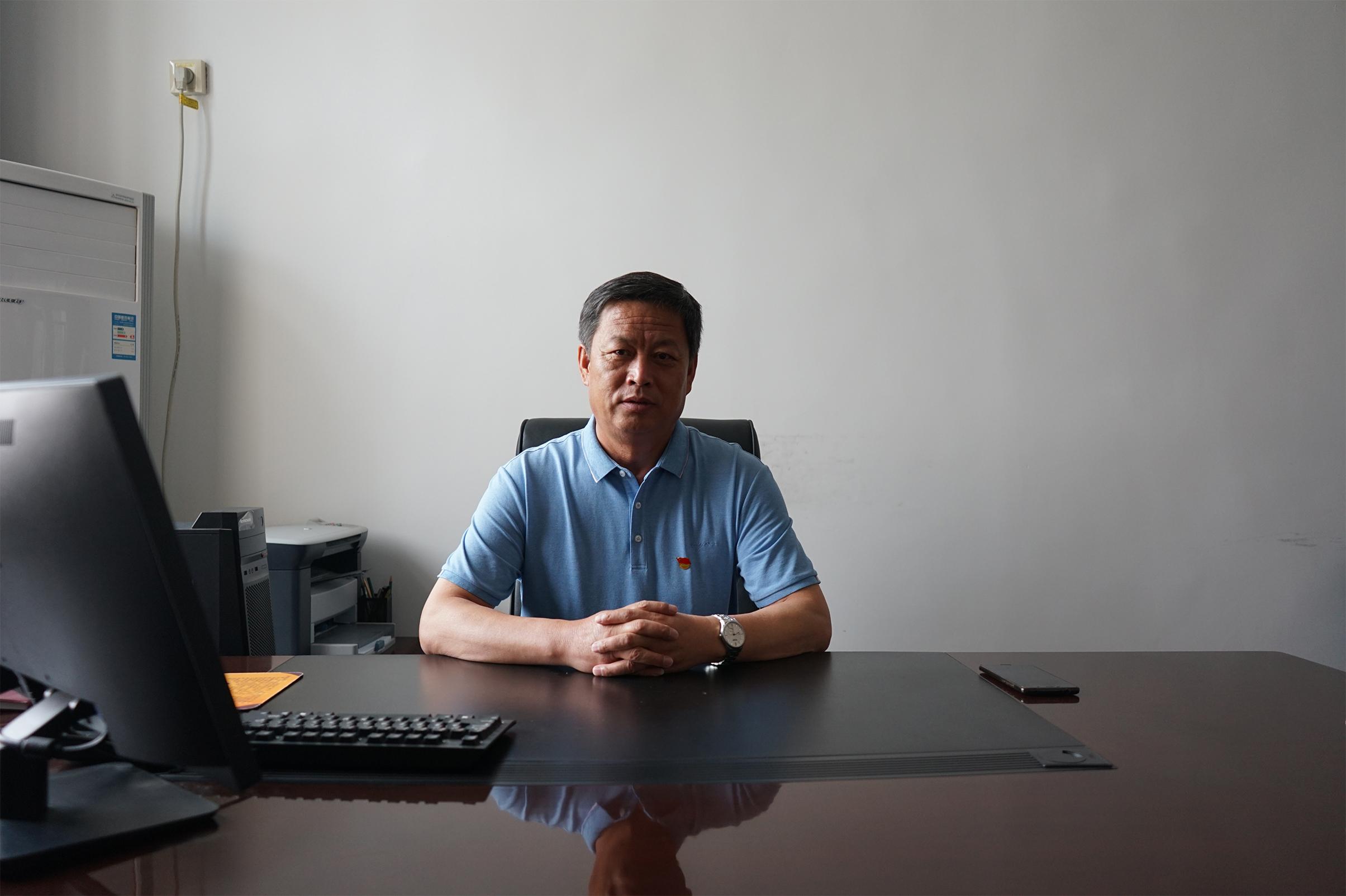 党委副书记 黄继军